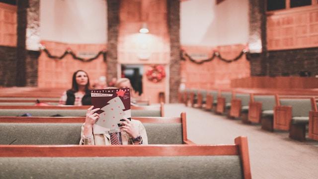 教會荒涼,