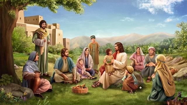 主耶穌抱着一個小孩,與人生活在一起給人講道的溫馨畫面