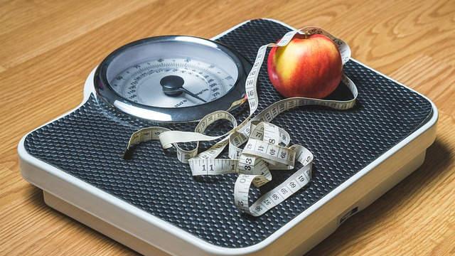 秤,蘋果,捲尺