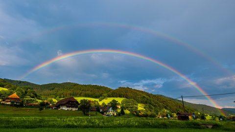 你知道彩虹背後的故事嗎