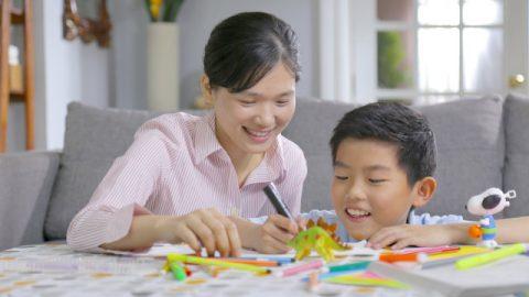 基督徒媽媽輔導孩子學習