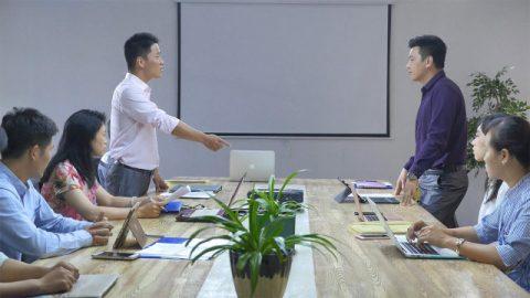 職場管理:如何有效地管理員工,提高團隊工作效率(有聲讀物)