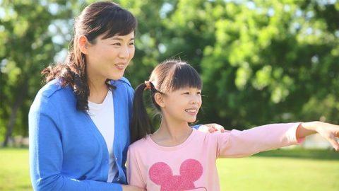 母親和女兒的幸福時光