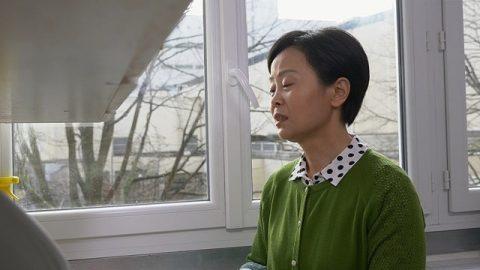 相濡以沫二十多年的丈夫出軌了,她該怎麼辦