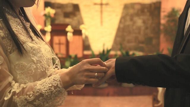 互戴結婚戒指
